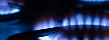 Gas cooking rings with blue flames